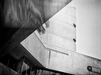 Institut für Hygiene und Umweltmedizin Bronica, Kodak TX400 (and strange light leak)