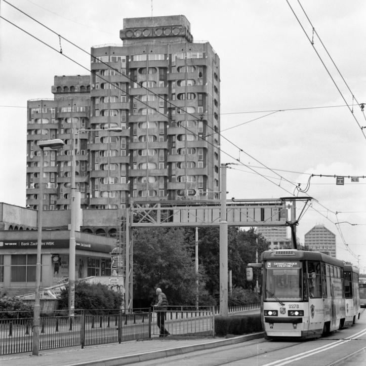 Plac Grunwaldski, Wroclaw, Poland Bronica SQ-A, Kodak 400Tx